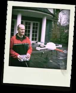 Udo Jürß, flying an early version of the md4-200 UAV.